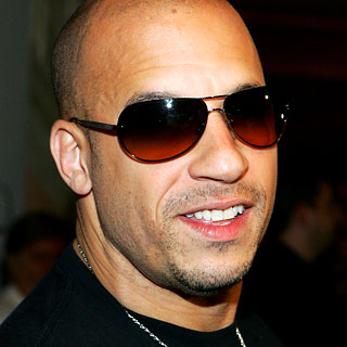 WOMAN BREAST HEAD VIN DIESEL!!!!